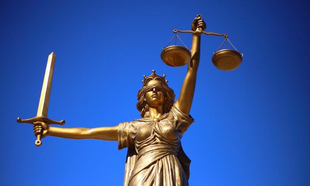 W czym umie nam wesprzeć radca prawny? W jakich rozprawach i w jakich sferach prawa pomoże nam radca prawny?